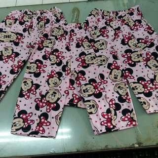 Celana harian anak usia 1-2th