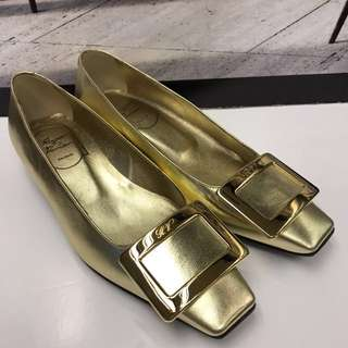 Roger Vivier Leather Flat Shoes