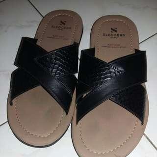 Sandal Sledgers