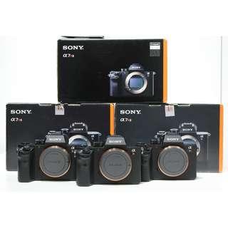 Sony A7RII A7RM2 Mirrorless Camera Body Only + 1 Extra Original Battery