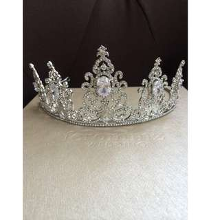 Exclusive Birdal Tiara
