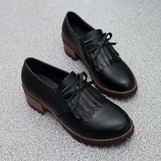包鞋.英倫風蝴蝶結流蘇厚底皮鞋
