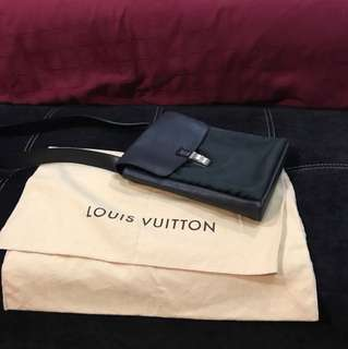 Authentic Louis Vuitton Saratov Pm Aroise Sec-Hand (PRICE NEGO)