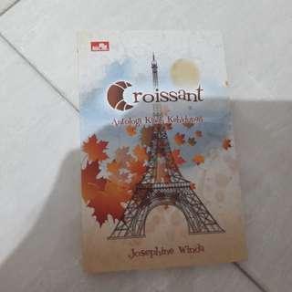 Novel Croissant by Josephine Winda