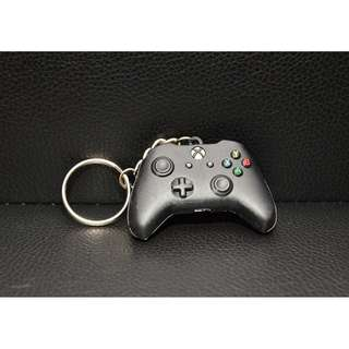 XBOX ONE Controller Keychain Launch Exclusive - Rare and HTF Brand new