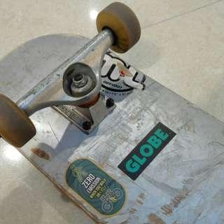 Skateboard. pls read description
