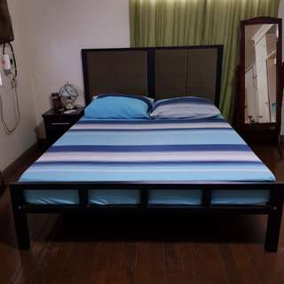 Queen size bed with foamed headboard and Uratex foam