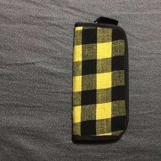 Black and yellow plaid wallet