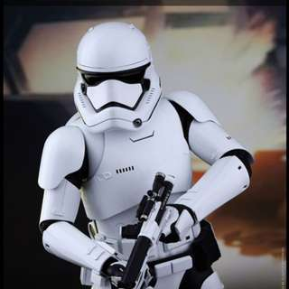 Star Wars The First Order Stormtrooper Hot Toys Figure (1:6)