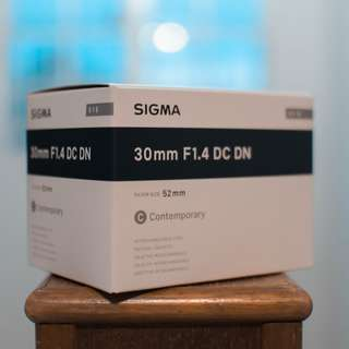 (NEW) Sigma 30mm 1.4 dc dn (e-mount)