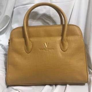 Valentino包包寬31公分高25公分只有一個