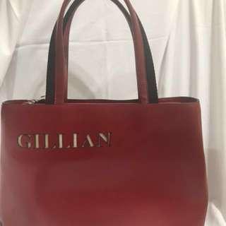 GILLIAN吉利安包包寬34公分高23公分只有一個