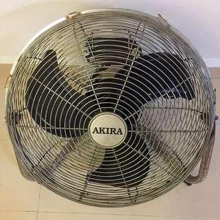 AKIRA Table Fan