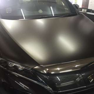 Toyota Harrier gold dust black bonnet wrap