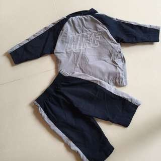 Nike light weight pant and jacket 6-9months