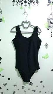 Plunging back 1pc Black Swimsuit