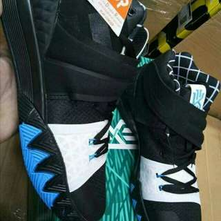 Kyrie S1 hybrid npw available,  grab your pair now....  #Kayodsapatos #KICKS4LESS