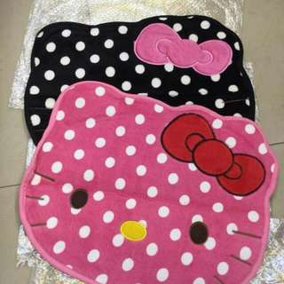 Hello kitty doormat
