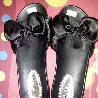 black ribbon sandal