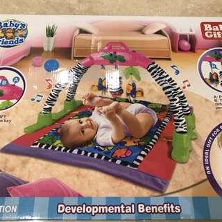 Baby friend developmental benefit playmat