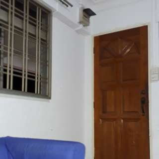 Common Room Sharing - Jurong West - 2 Stop to Lakside MRT - SGD 250