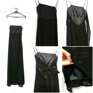 Evening gown - black