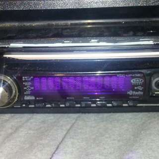 Kenwood Cd player W/Aux