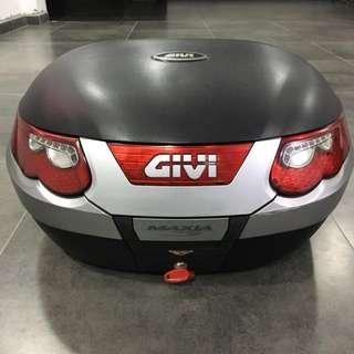 Givi maxia 3 55L top box topbox