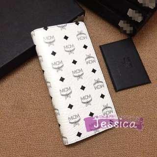 【Jessica】MCM 韓國專櫃代購 韓流明星 K-POP 長夾 手拿包 錢包 多卡夾 白色 精美 LOGO