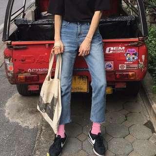 二手轉賣 琥珀太太 正韓 韓國製🇰🇷 復古刷色直筒牛仔褲 現貨