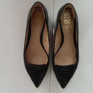 Flat work shoes