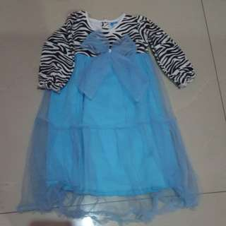 Dress zebra tille