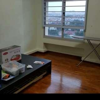 Common room for rent at Sengkang