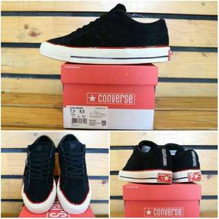 SEPATU CCONVERSE ONE STAR LOW SUEDE x UNDEFEATED