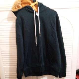 黑色有帽(毛) 外套 中碼 size M,9成幾新 (蚀本價)