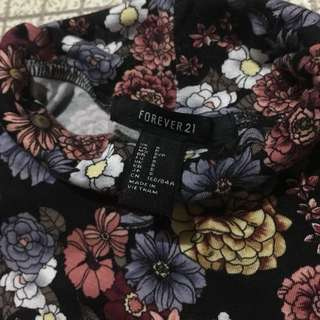 Forever 21 Turtle Neck Floral Top