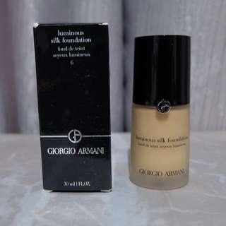 Giorgio Armani Luminous Silk Foundation No 6