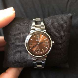 Casio ladies quartz watch