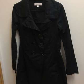 Cour Carre trench coat