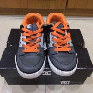 Pure pumpkin shoes