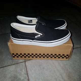 Vans slip on us 8.5 new and original