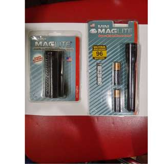 Mini Maglite Superbright Xenon Lamp 2cell AA Belt Holder