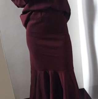 (全新)正韓 內刷毛魚尾套裝(彈性非常好)不含項鍊