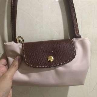 Longchamp 粉色長帶中size (New)