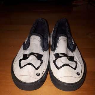 Sepatu Starwars