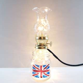 Simply Classy Hand-painted British Flag Oil Lamp / 簡單優雅嘅手油英國旗油燈