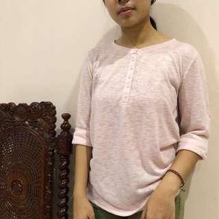 pinkish shirt