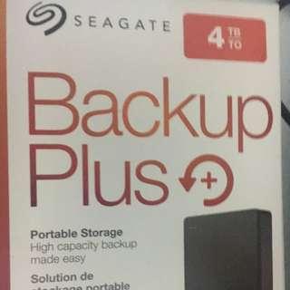 Seagate backup plus 4TB black BN