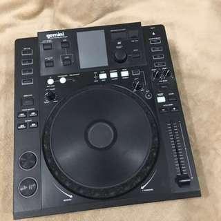 Gemini CDj 700