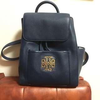 深藍色全新背包(名牌美國品牌Torry Burch)100%真貨,購自專門店,原價5千幾,可到專門店驗貨